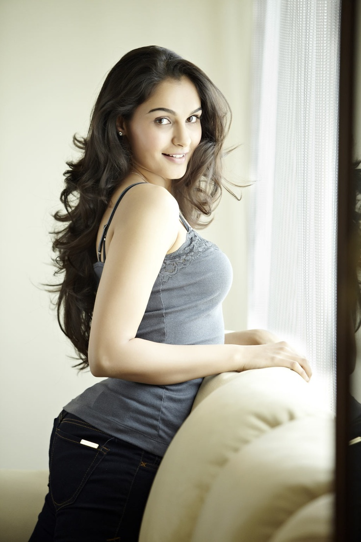 20 Hot  Spicy Pics Of Andreah Jeremiah  Tollywood Superstar  Reckon Talk-1445