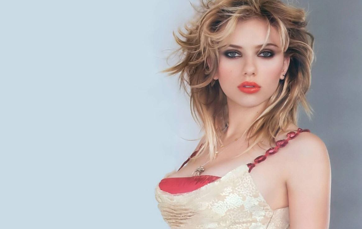 Scarlett Johannsen Nude Pics 98