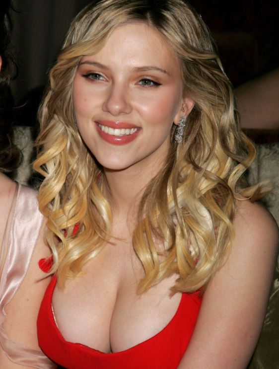 15 Sensual Photos Of Scarlett Johansson Hottest Hollywood Actress