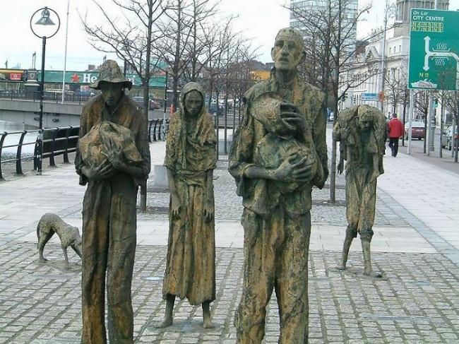 modern sculptures 16