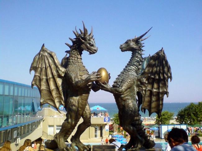 modern sculptures 17
