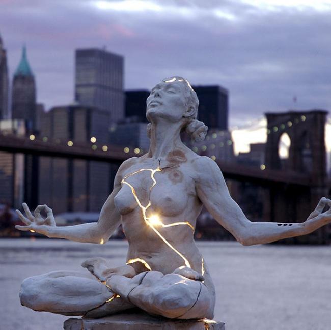 modern sculptures 3
