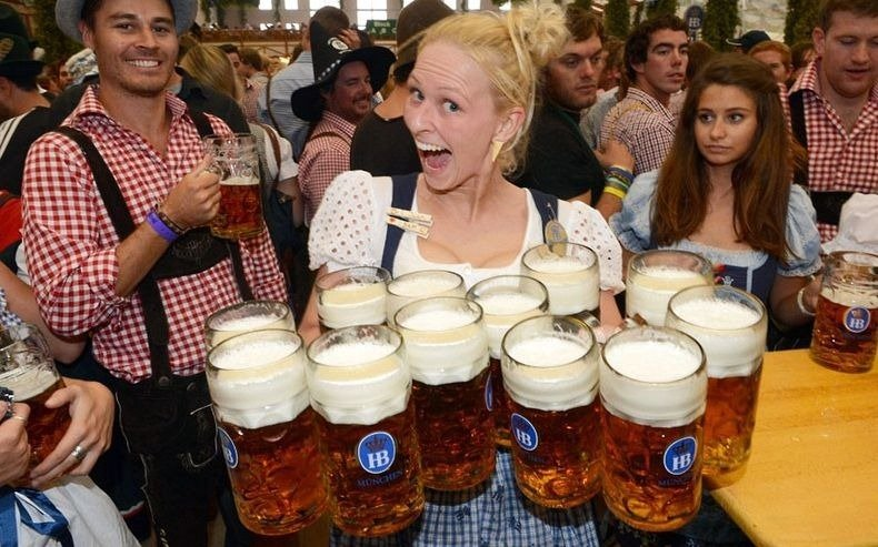 oktoberfest munich 2015 world 39 s largest beer festival facts photo reckon talk. Black Bedroom Furniture Sets. Home Design Ideas