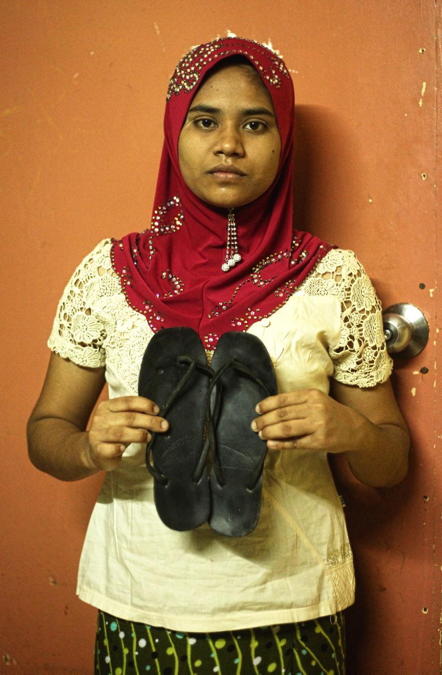 photography, photographer, Adi Safri, Kuala Lumpur, Malaysia, Kuala Lumpur Malaysia, Refugees, Malaysian Refugees, Malaysian, Most Valuable Things, Valuable Thing, amazing pics, refugees pics