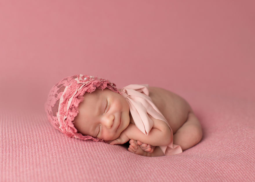 photography, Photographer, Newborn Photography, baby, babies, cute, funny, sweet, lovely, amazing, awesome, mindblowing, child, sleeping baby, smiling baby, newborn smile
