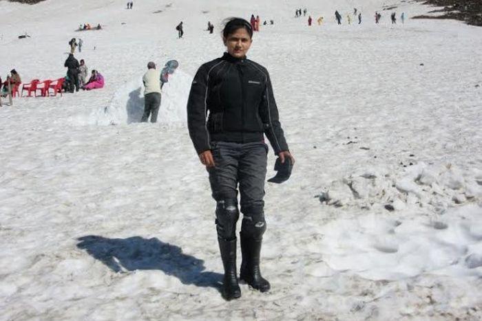 Roshni sharma Biking Trip from Kanyakumari to Kashmir (9)