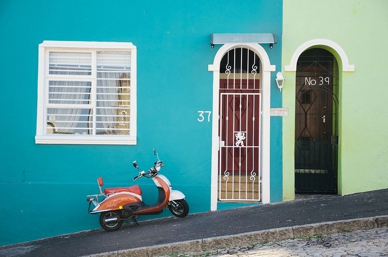 Bo-Kaap, Rainbow Neighborhood, colourful Neighborhood, Cape Town, southafrica, Signal Hill, oldest area, fascinating area, city, country, beautiful, amazing, awesome, mindblowing, outstanding, wow