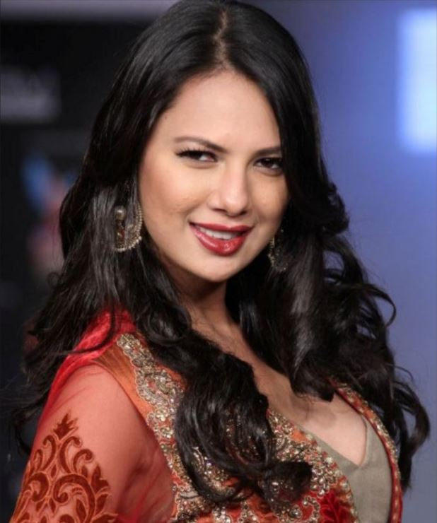 rochelle rao wallpapers, rochelle rao hot pics, rochelle rao sexy pics , rochelle rao latest pics,rochelle rao movie, rochelle rao hot photo, rochelle maria rao ,big boss 9,bigg boss 9 rochelle, rochelle and kaith