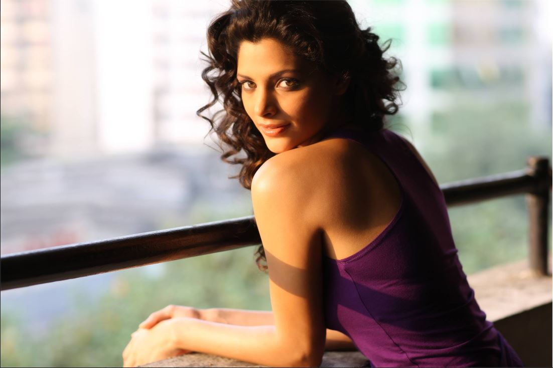 Pujahegdhe Bra Size: 15 Hot & Sizzling Photo's Of Saiyami Kher