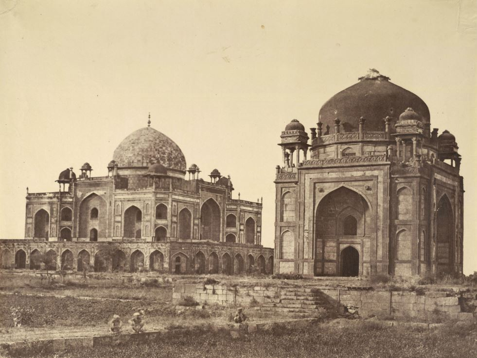 Humayun's tomb in the background and the Barber's Tomb-(c.1590)-on the right.