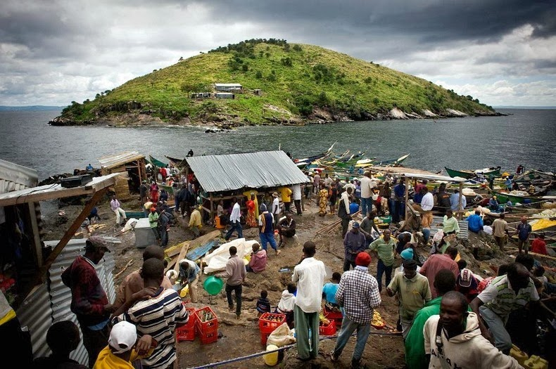 Migingo Island, Kenya, Lake Victoria, Africa, Uganda, planet, earth, weird, island