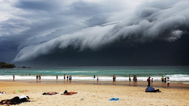 tsunami cloud, sydney storm, bondi beach, australia, viral video, shocking footage