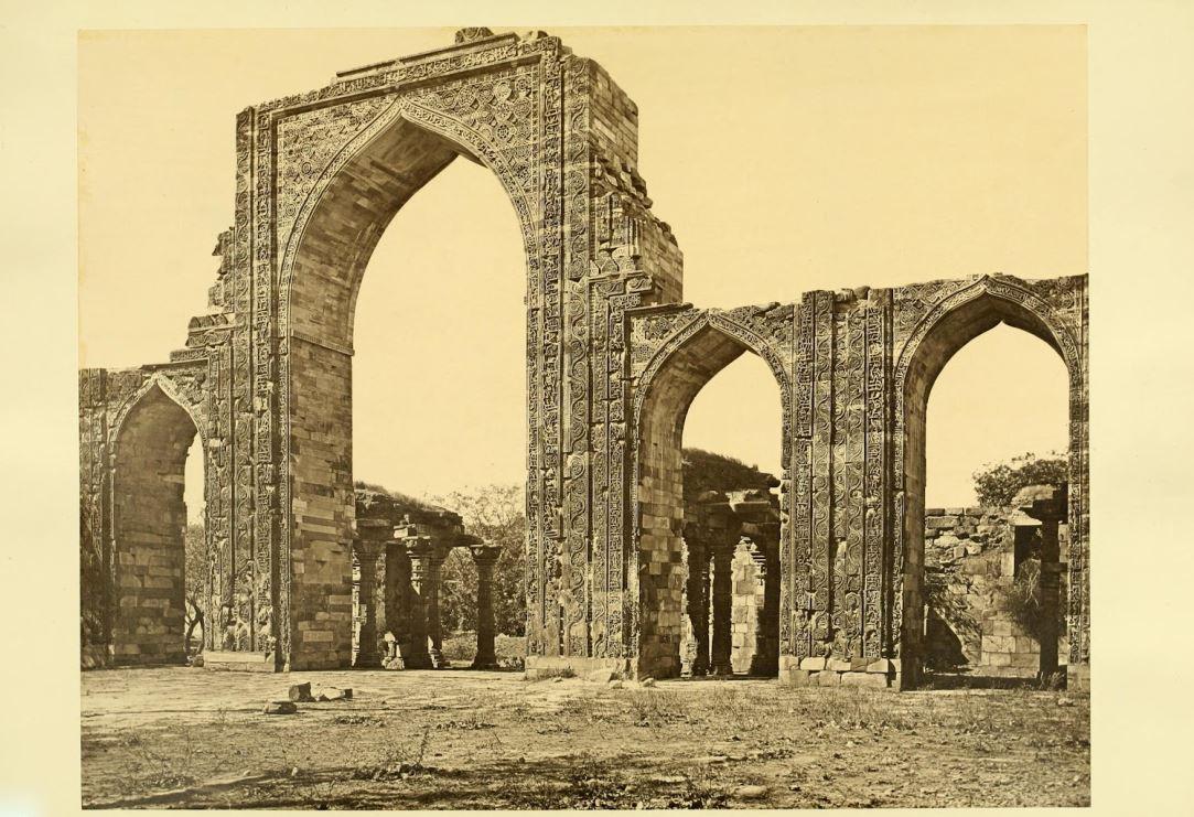 The Masjid-I-Kutb-Ul-Islam, View of the Great Arches, Delhi 1872
