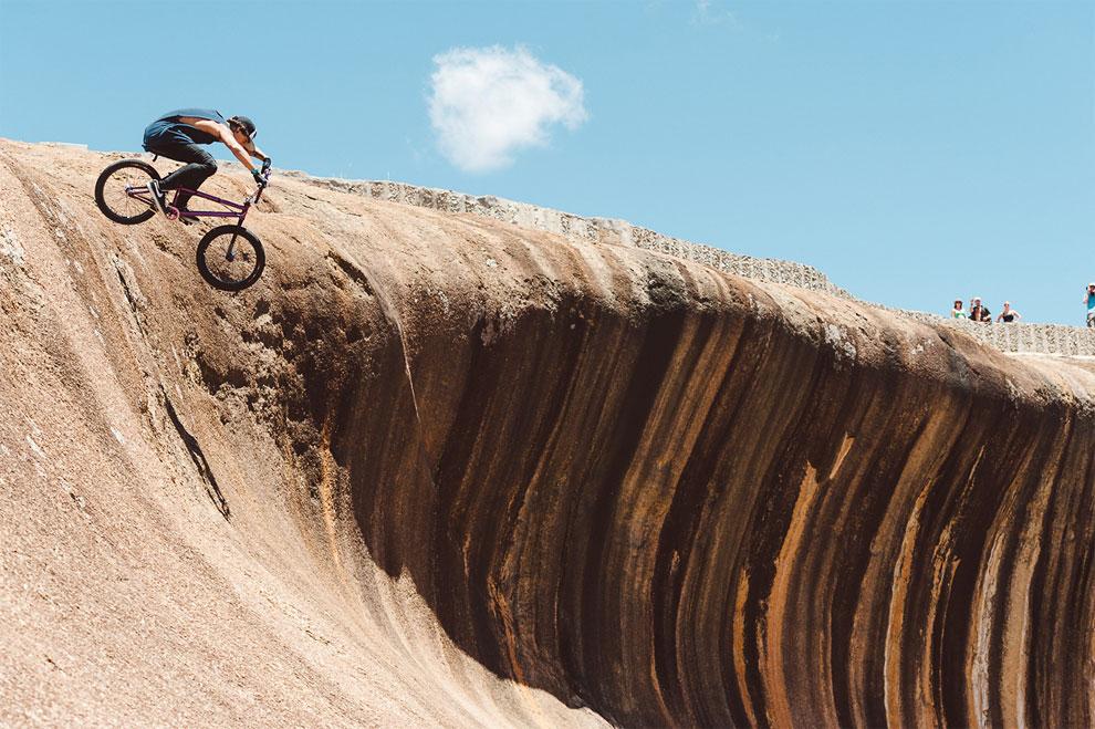 wave rock, hayden, amazing, tourist attraction, australia tourism, australia, tourism, perth, western australia, hyden wildlife park, hyden rock, natural wonders