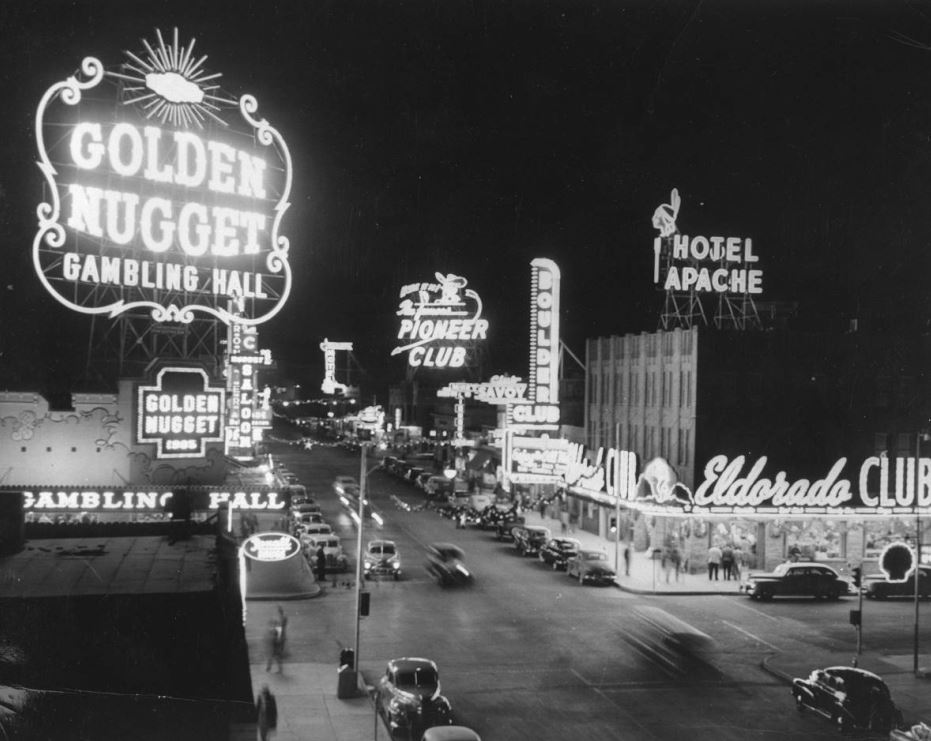 lasvegas, las vegas old photo , las vegas strip , las vegas downtown old photo, usa old photo , rare photo of las vegas , usa history, old american photo