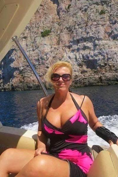 croatia, europe, croatian president, croatian president bikini, croatian president pics, hot croatian president, kolinda grabar-kitarovic, hottest president, hottest politician, hottest minister, female politicians, coco austin