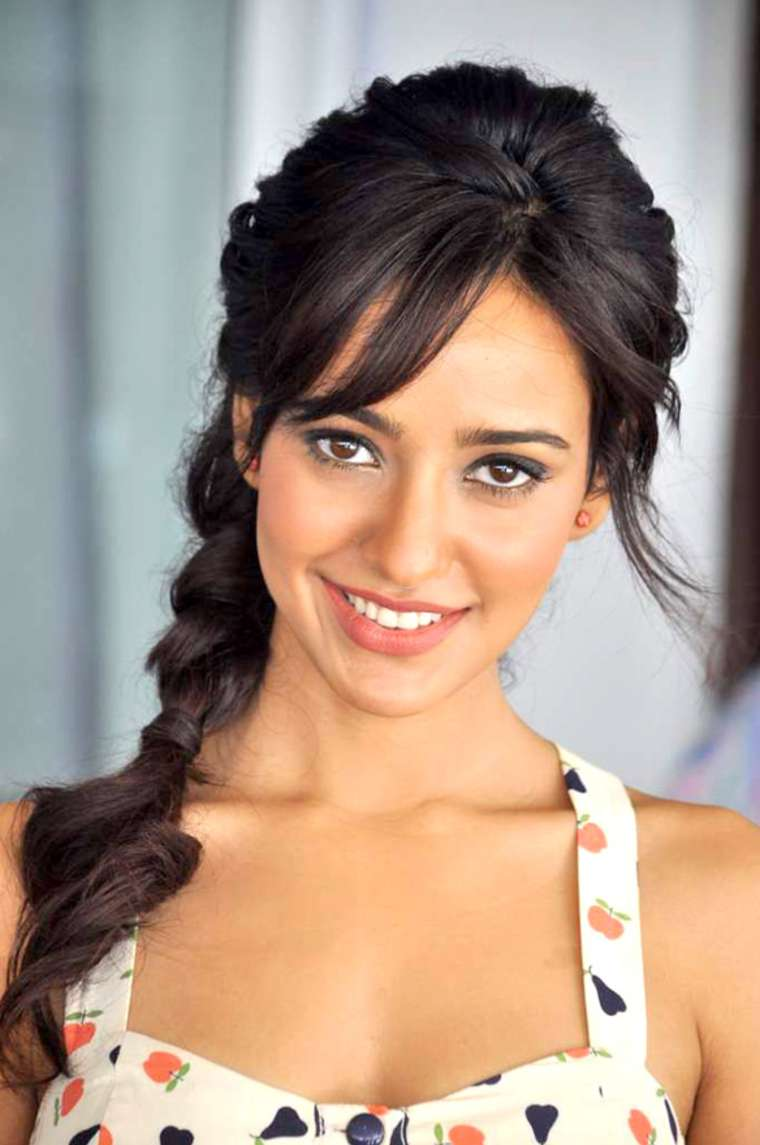 30 photo of neha sharma cutest bollywood actress selfies | reckon talk