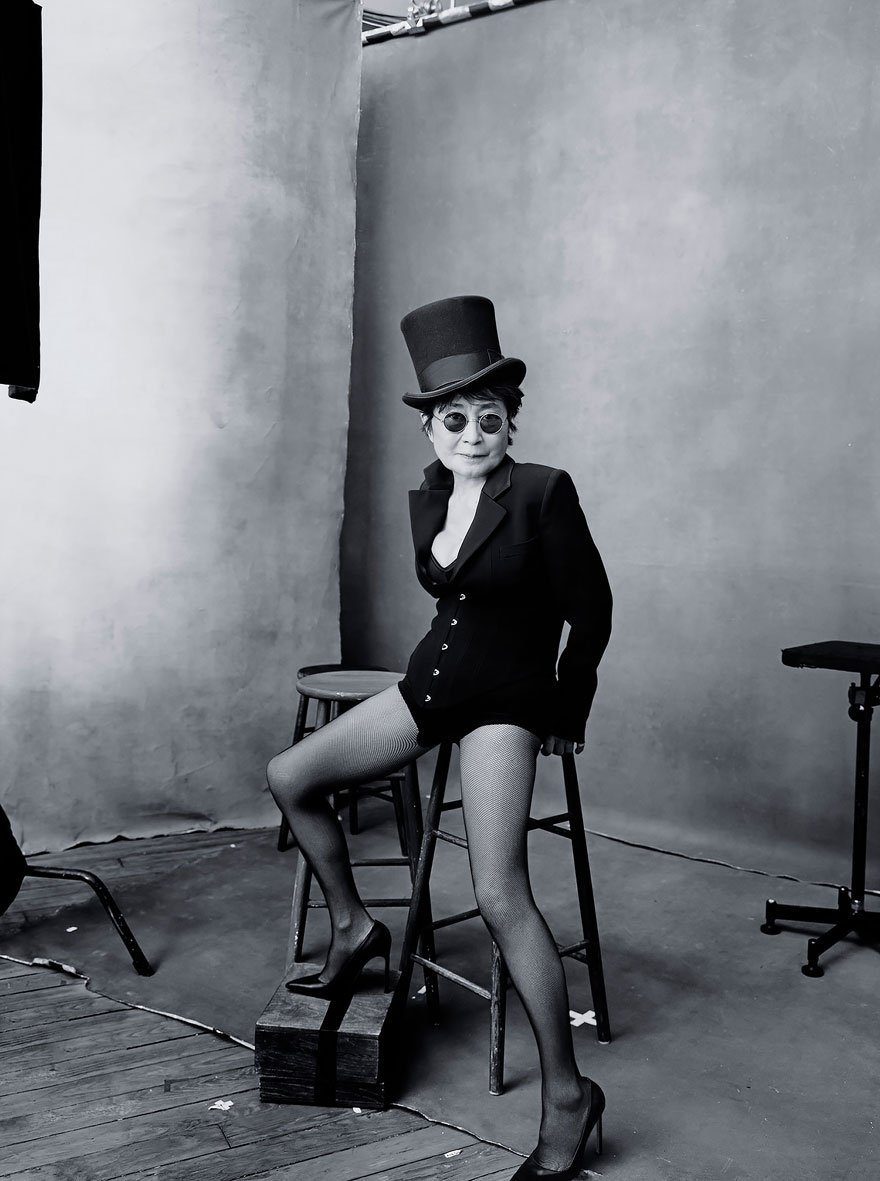 pirelli calendar, 2016 calendar, photography, annie leibovitz, elite women, influential women, rolemodels, thinkers, writers, athletes, great