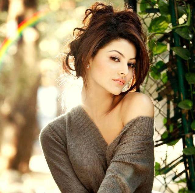 18 Hot & Sizzling Photo's of Urvashi Rautela | Miss India