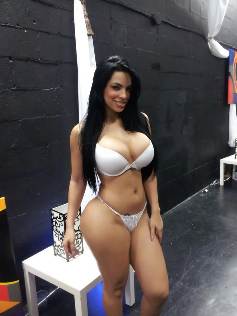 cuba-nude-female-forced-to-suck-porn