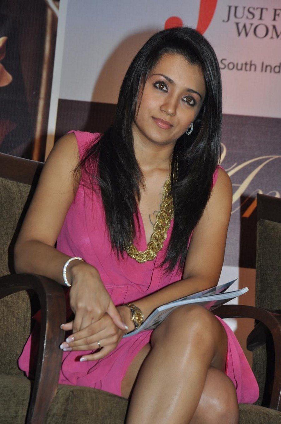 Trisha Krishnan Hot, Sexy, Cute Photos  South Indian -5138