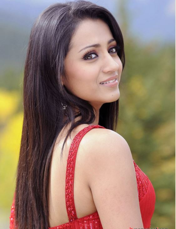 trisha wallpapers,trisha hot pics,trisha sexy pics,trisha latest pics,trisha