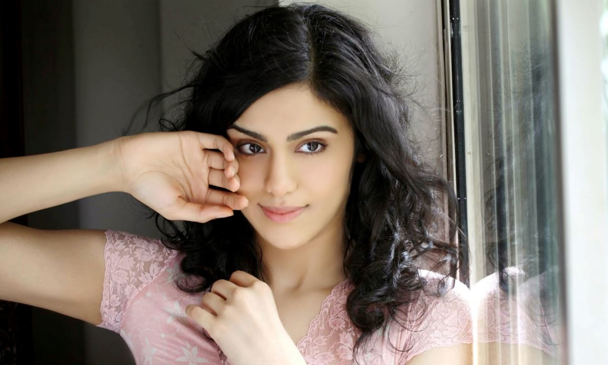 16 hot & spicy photo's of adah sharma | profile details | reckon talk