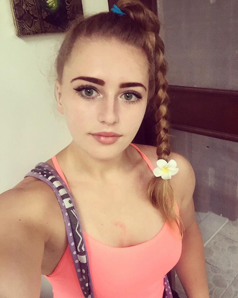 19 Year Old Sexy Russian Muscle Barbie Girl Julia Vins