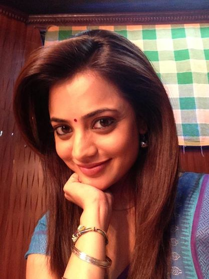 17 pics of tollywood actress nisha agarwal kajal agarwal
