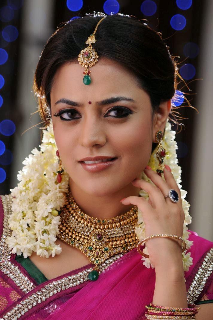 17 Pics Of Tollywood Actress Nisha Agarwal  Kajal Agarwal -9346