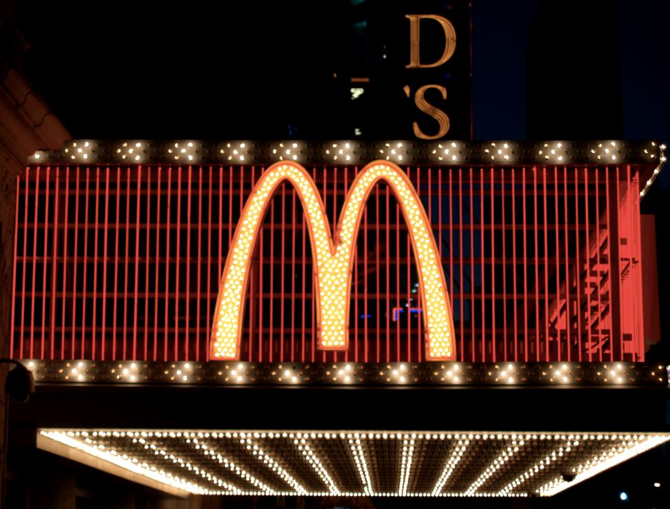 amazing facts, unknown facts, mc'd , mcdonalds facts , mcdonalds amazing facts, mcdonalds history