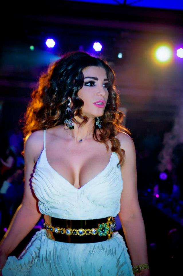 most beautiful women of syria, middle east beauties, syrian actress, hottest arab women, sexy female refugees, miss arab usa, miss syria, syrian beauty, syrian women, syrian girls, syrian tv reporter, syrian singers, arab hot model