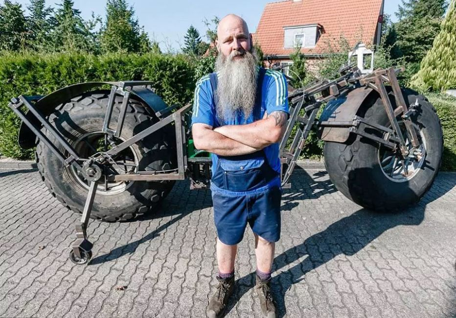 Frank Dose, germany, europe, crazy, bicycle, giant, biggest bicycle, guinness book world records