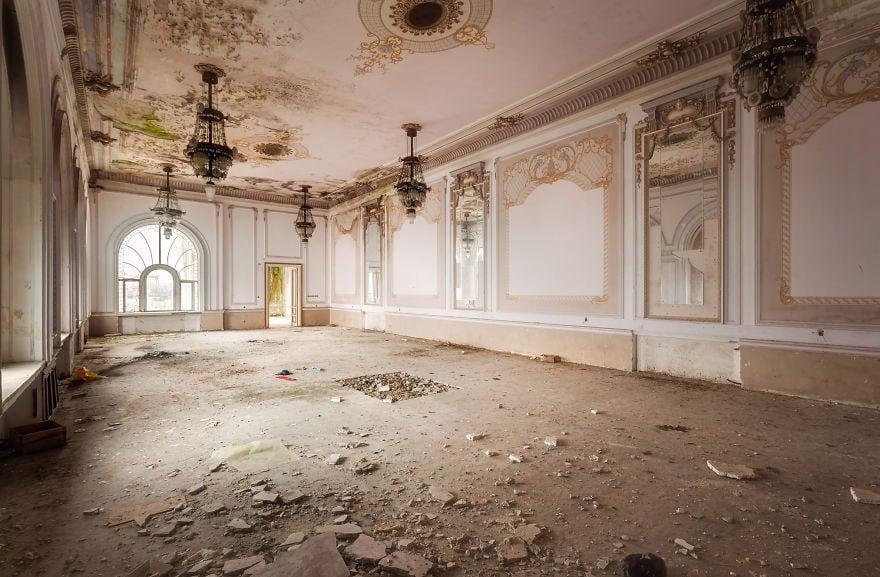 casino, photography, architecture, Roman Robroek, Romania, amazing, stunning, wow, beautiful