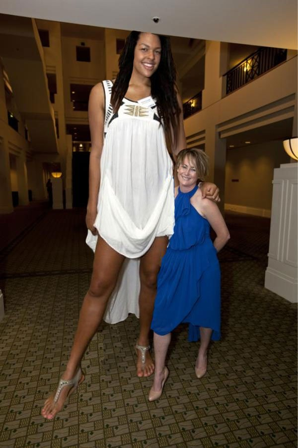 15 Tallest Giant Women in The World 2016 | Reckon Talk