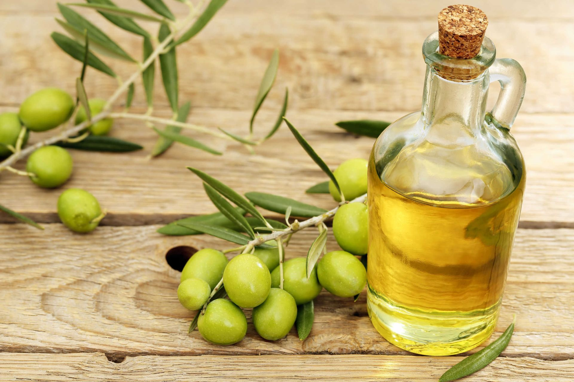 olive oil, olive oil health benefits, olive oil skin benefits, extra virgin olive oil, extra virgin olive oil health benefits, jaitun ke fayde, jaitun ka tel, olive oil benefits and side effects,nutritional benefits olive oil ,health facts ,olive oil health benefits in hindi,olive oil ke fayde,