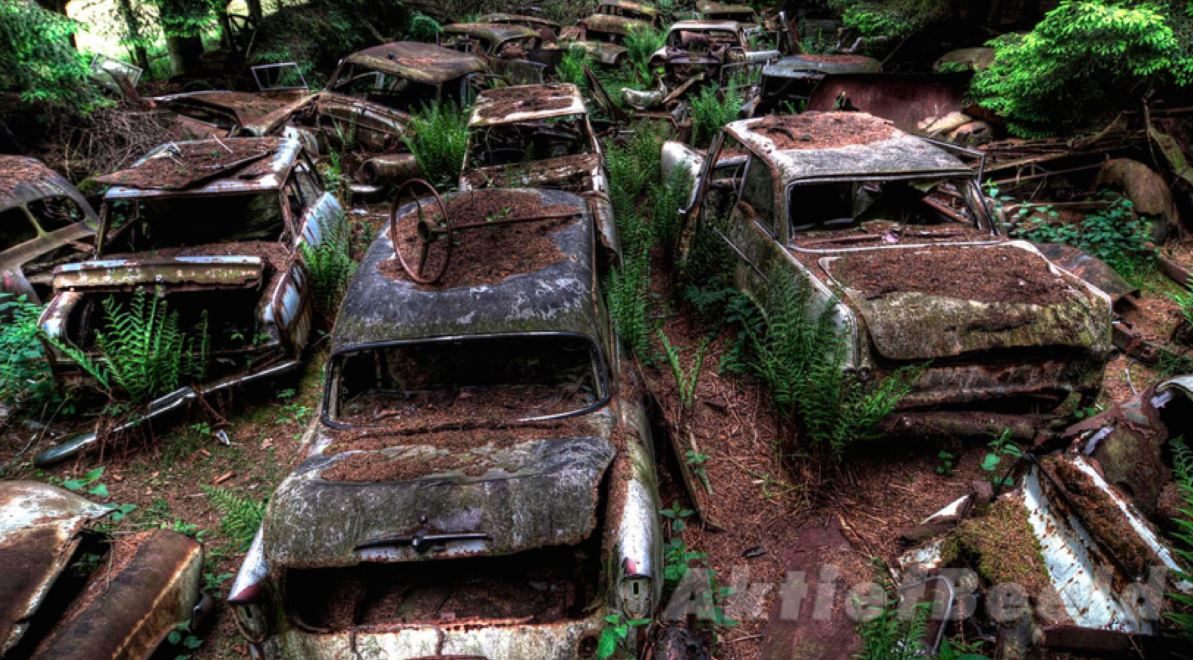 mysterious places, abandoned places, abandoned towns, travel, ghost town, ghost city, interesting, facts, amazing, car graveyard, europe, usa