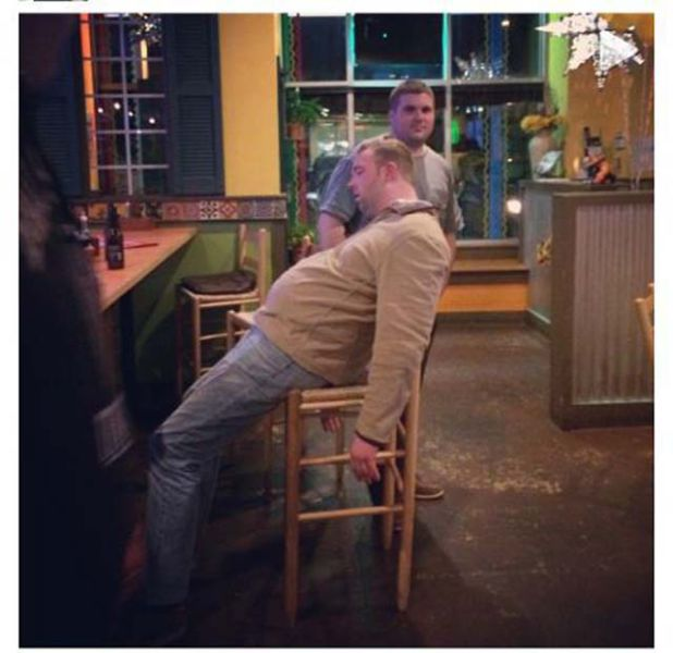 25 Funny Pictures Of Drunk Wasted People