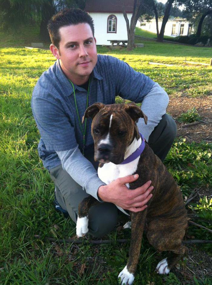 dog, dog visit hospital, heartbreaking, usa, ryan jessen dog mollie, farewells, emotional video