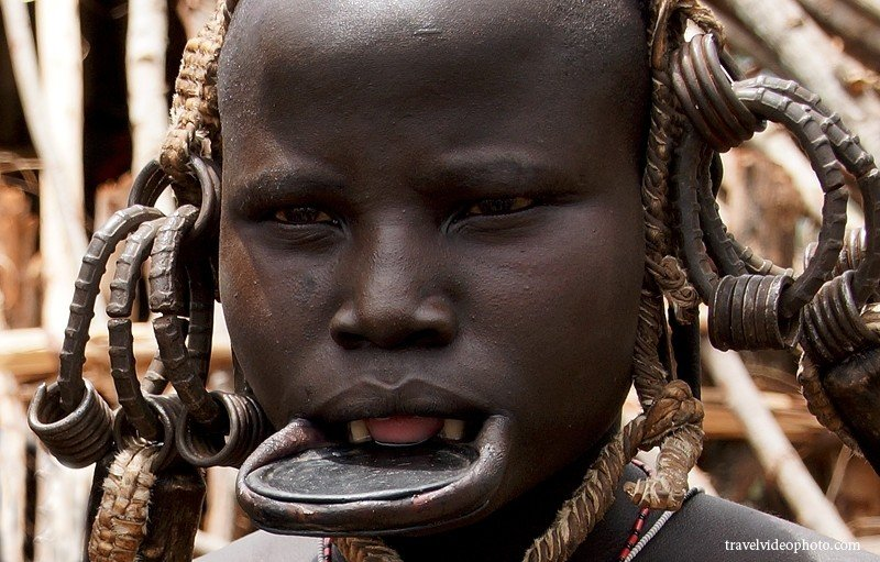 africa, african tribe, ethiopia tribe, culture, ethnic groups in africa, ethnic groups disappear, mursi people, tribes, travel, ethiopia, mursi tribe lip plates, mursi tribe culture, plate in lip tribe, lip plates, tradition, worst in the world, lip Plate Tribe, most weird peoples