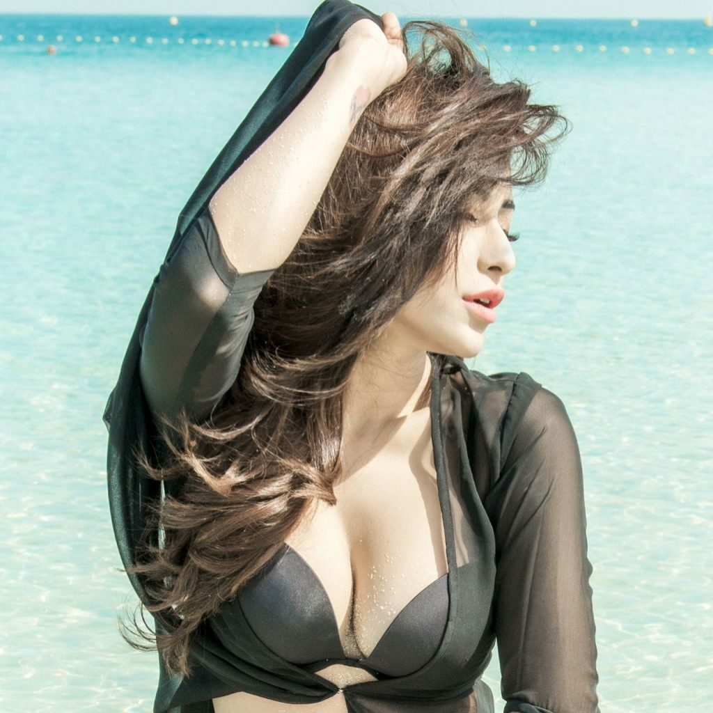 angela krislinzki ,angela krislinzki hot photos,angela krislinzki telugu actress, telugu actress,hot celebs