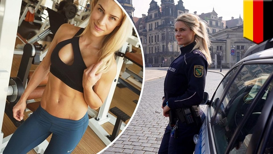 hot-asian-girl-arrested-on-cops-fingering-girl
