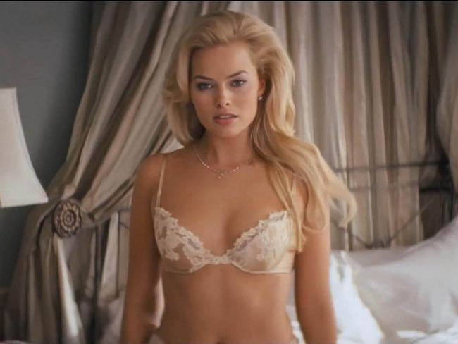 Language In 45 And 47 Stella Street: Margot Robbie, Sexiest Women In The