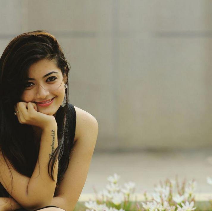 rashmika mandanna ,rashmika mandanna hot photos,rashmika mandanna sandalwood actress, hot celebs,