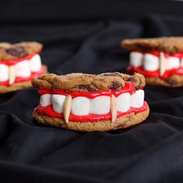 Halloween recipes, Halloween sweets, Halloween cakes, Halloween drinks, Halloween soups, Halloween pies, Halloween cupcakes