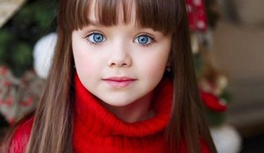 most beautiful girl in the world, russia, russian girl, russian child model, anastasia knyazeva, anna photo, instagram, instagram celeb, viral, cutest girl, kid, child