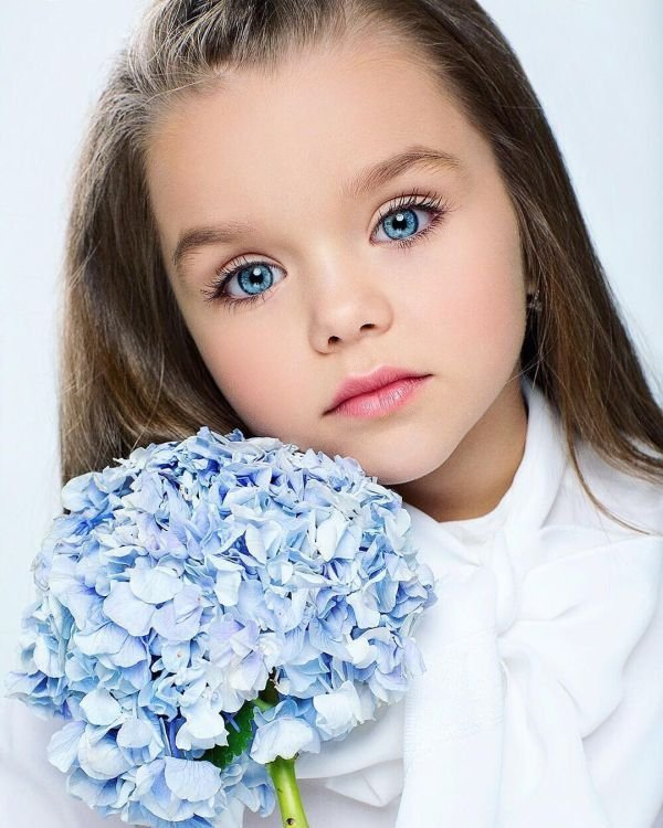 This Russian Girl Become Most Beautiful Girl In The World