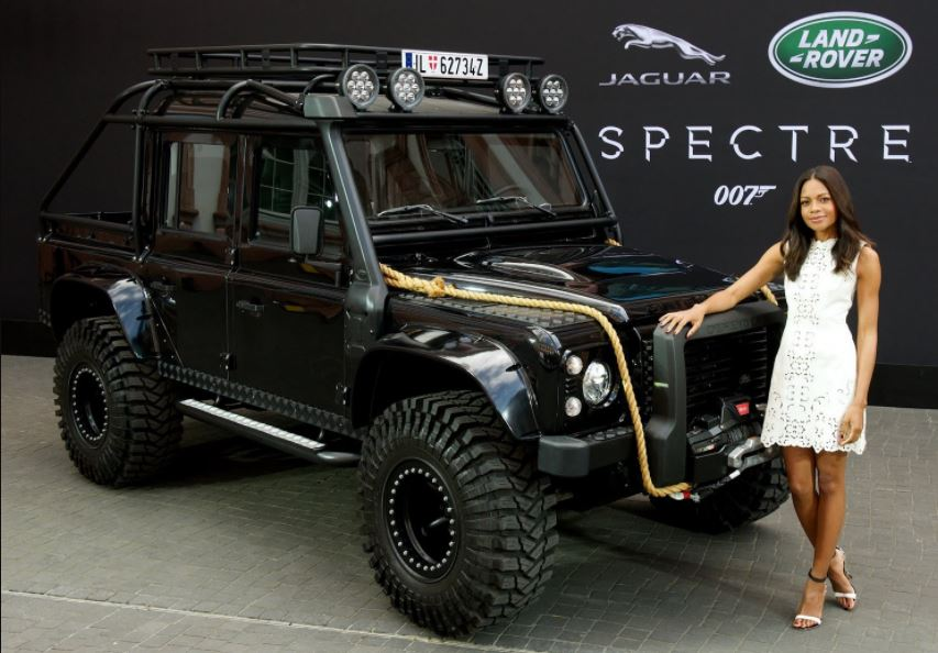 15 crazy facts about land rover you didn 39 t know reckon talk. Black Bedroom Furniture Sets. Home Design Ideas
