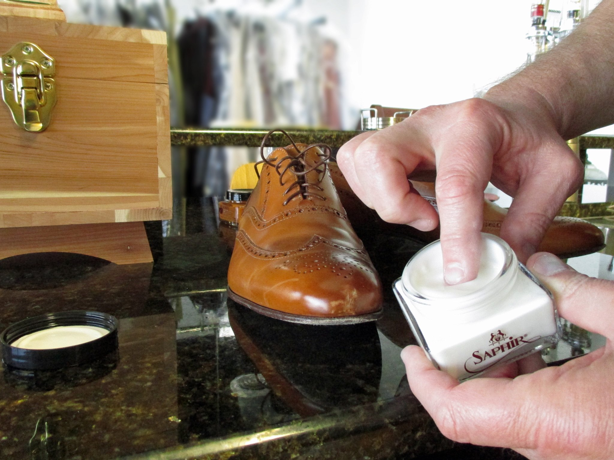 How To Repair Scratch On Soft Leather Shoes