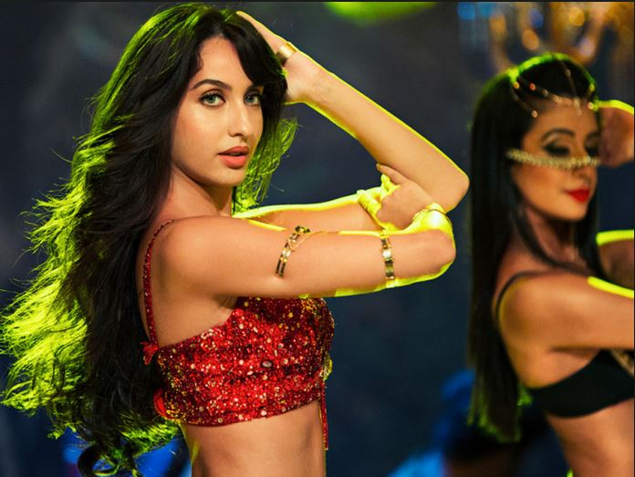 Hot & Beautiful Photos With Her Belly Dance